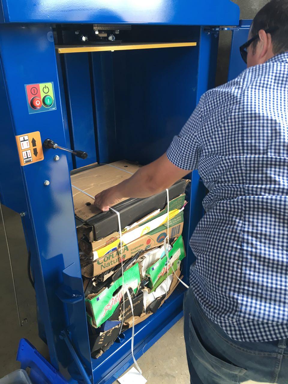 prensa-carton-MacFab75-machemac-vallehermoso